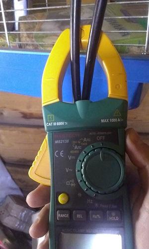 измерение тока токовыми клещами