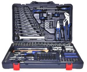 Фото: набор инструментов для автомобиля